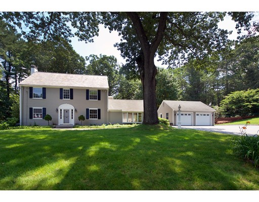28 Derby Lane, Weston, MA