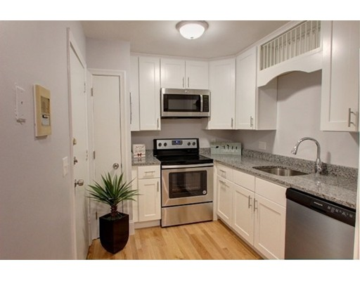 1409 River St #47, Boston, MA 02136