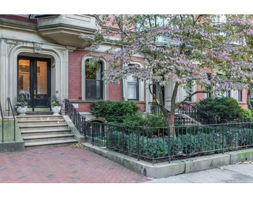 32 Commonwealth, Boston, MA 02116