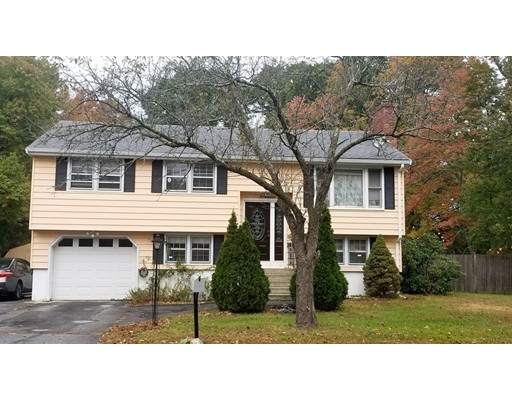 37 School House Lane, Billerica, MA