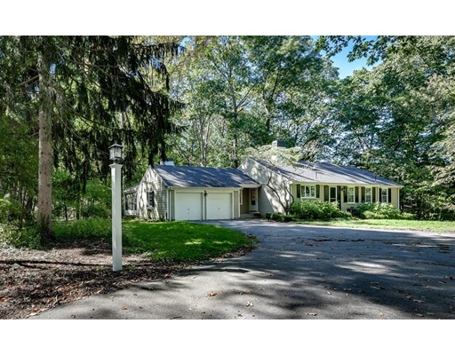 16 Sterling Drive, Dover, MA