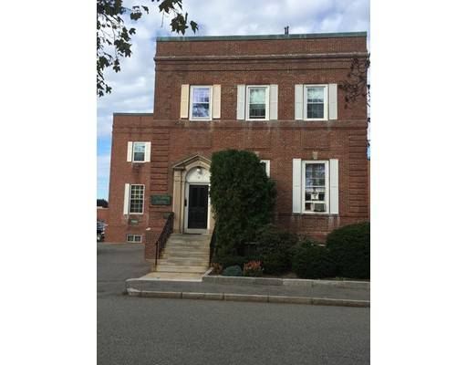 52 Pickering Street, Needham, MA 02492