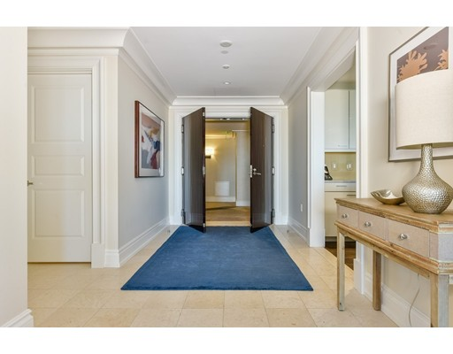 776 Boylston, Unit Ten C East, Boston, MA 02116