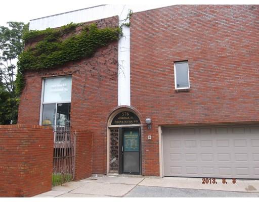 432 Suffolk Street, Lowell, MA