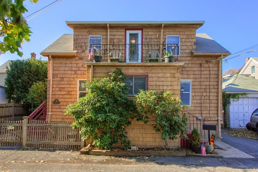 2 barton place salem ma real estate listing mls 72253560 for Salem place