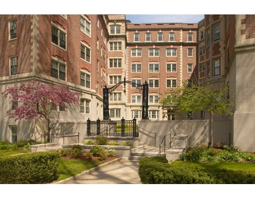 984 Memorial Drive, Cambridge, MA 02138