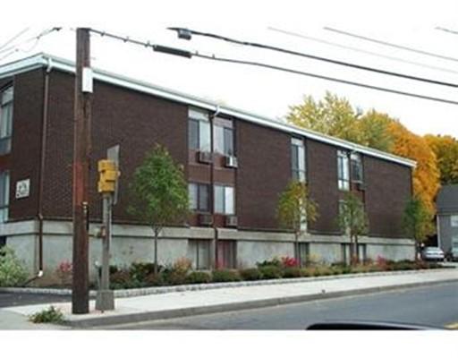 949 Main Street, Woburn, MA 01801