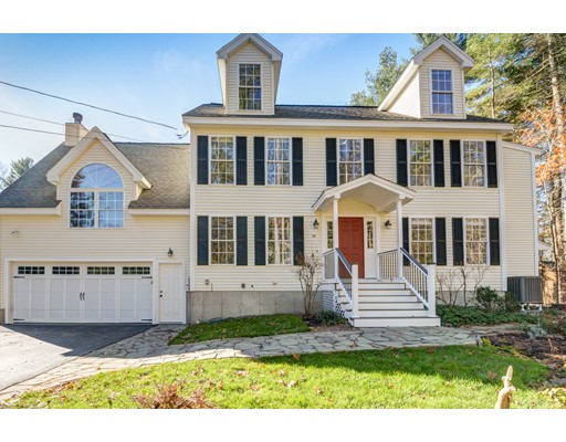 38 Lawrence Street, Pepperell, MA