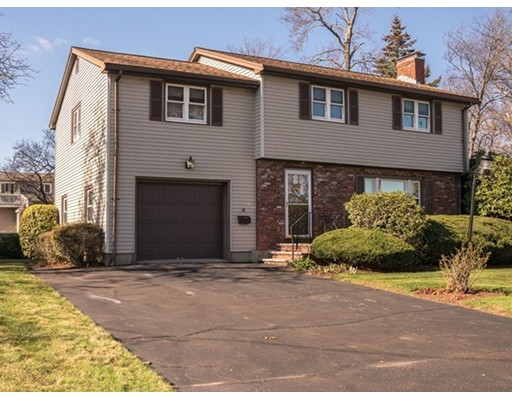 28 Rodgers Rd, Stoneham, MA
