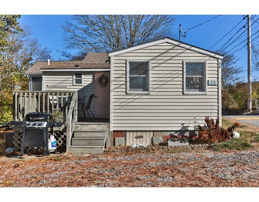 749 Head Of The Bay Rd, Bourne, MA 02532
