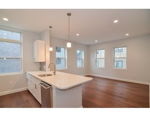 170 West Broadway, Boston, MA 02127