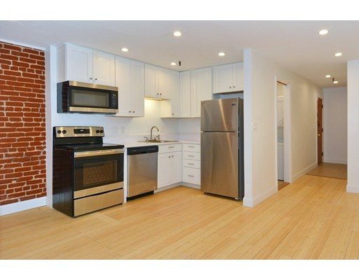 25 Saint Stephen Street, Boston, MA 02115