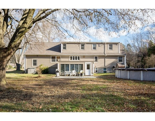 88 North Street, Tewksbury, MA