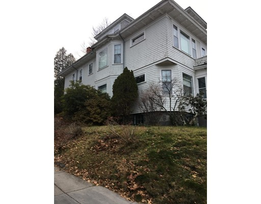 149 Metropolitan Avenue, Boston, MA 02131