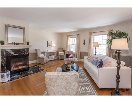 104 Old Country Road, Wenham, MA 01984