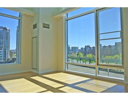 1 Earhart Street #505 Floor 5
