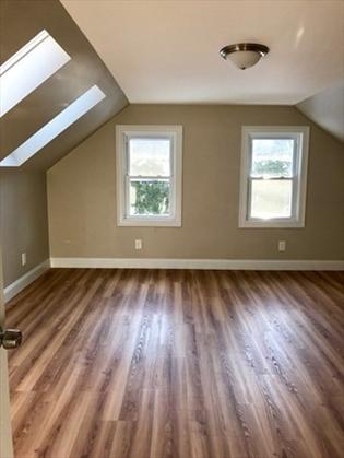103 Wildwood Ave, Greenfield, MA: $265,000