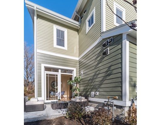 19 Blue Jay Circle, Boston, MA 02126
