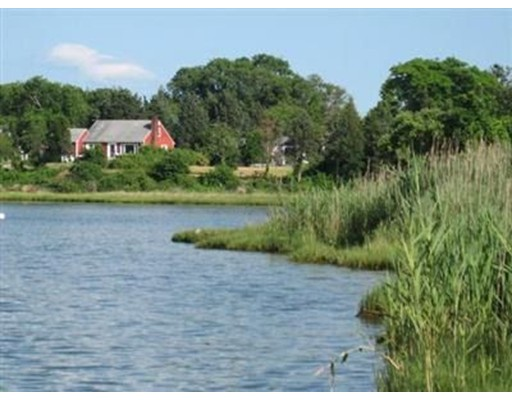 36 Hines Point Rd, Tisbury, MA