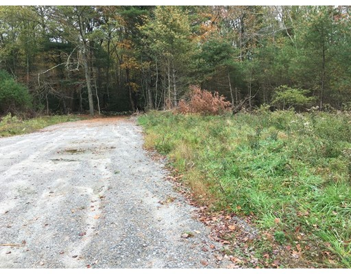 60 Middleboro Road, Freetown, MA