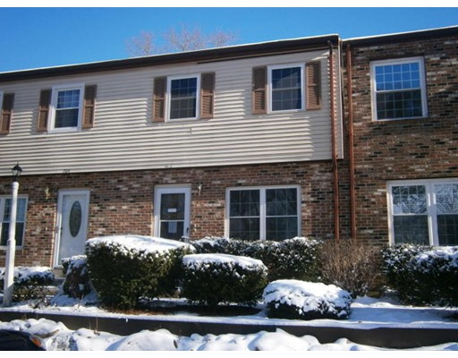 203 Village, Bourne, MA 02532