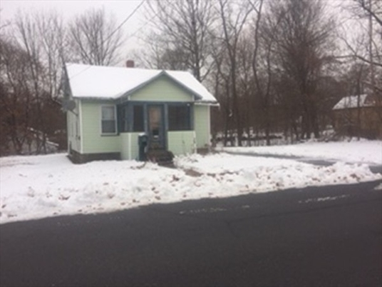 33 Place Ter, Greenfield, MA: $75,000
