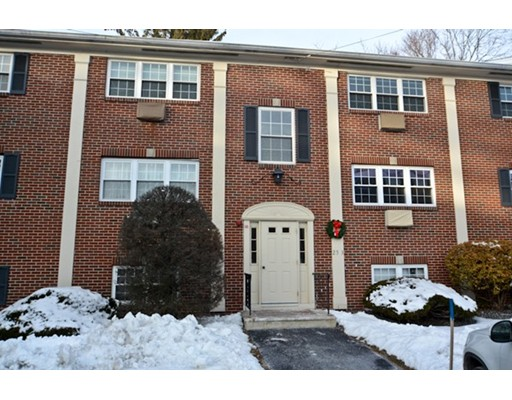 25 Arlington Road, Woburn, MA 01801