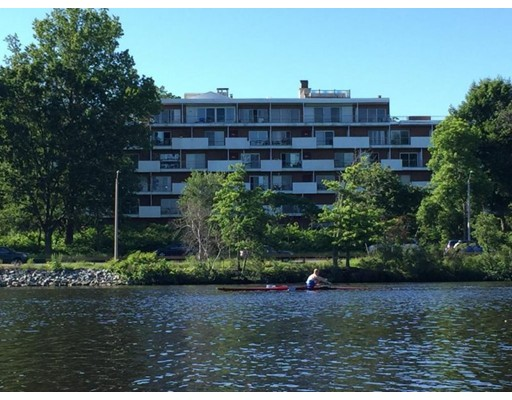 227 Coolidge Ave #203, Watertown, MA 02472