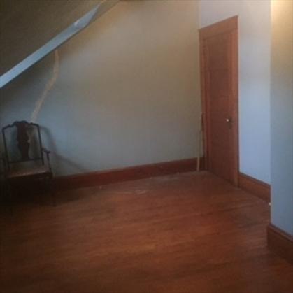 115 Hope St, Greenfield, MA: $114,000
