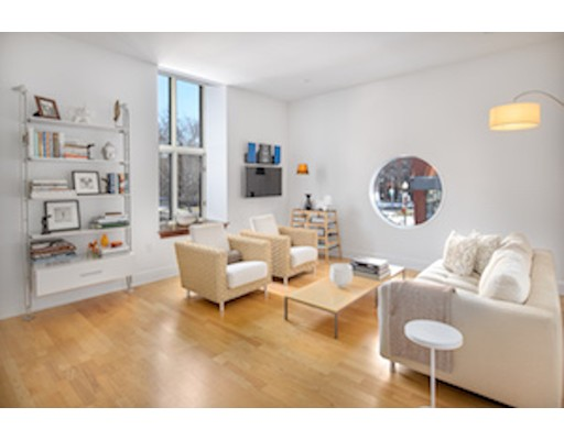 2 Clarendon, Unit 201, Boston, MA 02116