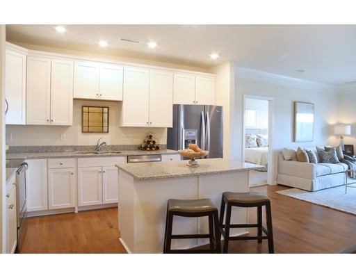 459 River Road (unit 1410), Andover, MA 01810
