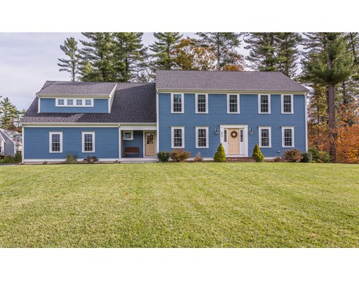 295 Carriage Hill Drive, Raynham, MA