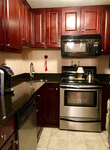 Ma south shore real estate homes for sale in the south shore for Kitchen cabinets quincy ma