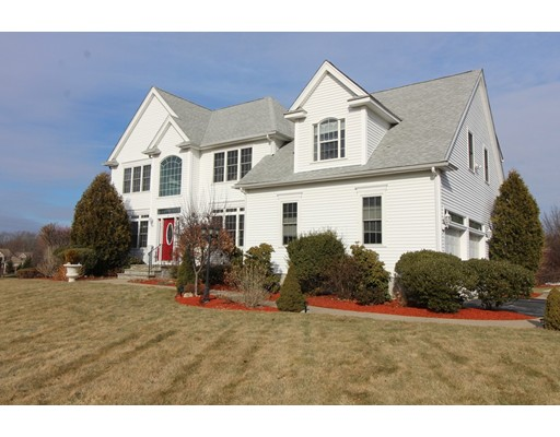 31 Amy Lane, North Attleboro, MA