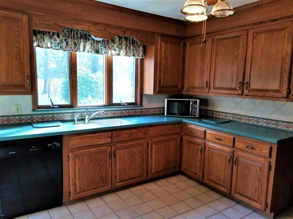 491 Springfield St, Wilbraham, MA, 01095 Jack Conway