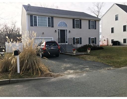 6 Slocum Farm Drive, Dartmouth, MA