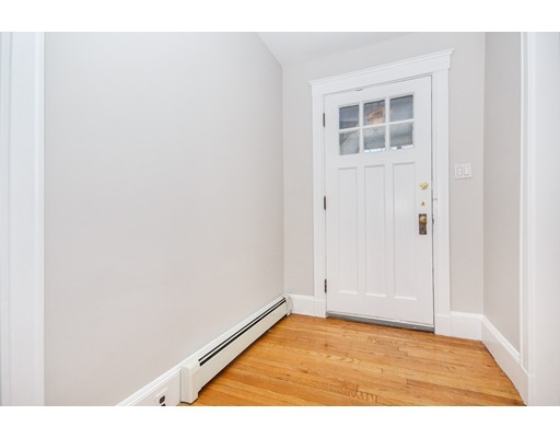 28 Burgoyne Street, Boston, Ma 02124