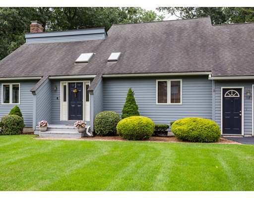 112 Pineridge Drive, Westfield, MA
