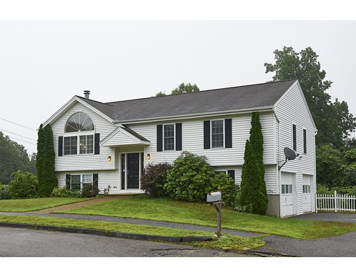 101 Moreland Green Drive, Worcester, MA