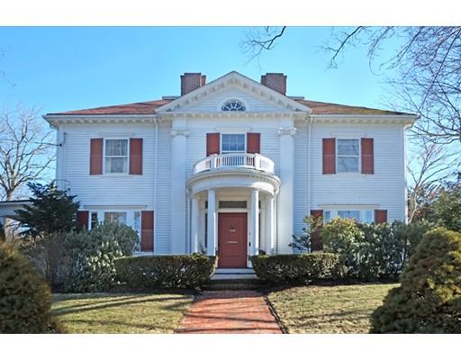 4 Hillside Avenue, Winchester, MA