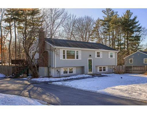 44 Parkwood Drive, Pepperell, MA