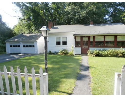 15 Connors Place, Westwood, MA