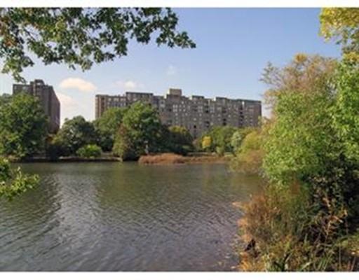 33 Pond, Brookline, Ma 02445