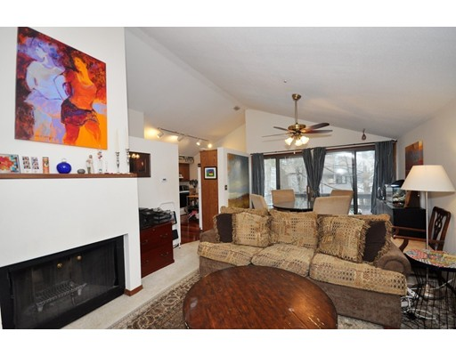 575 Great Elm Way, Acton, MA 01718