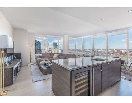 Condominium/Co-Op for sale in 1 Franklin St Midtown, Boston, Suffolk