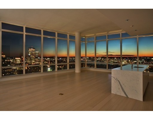 Condominium/Co-Op for sale in Millennium Tower, 3704-03 Midtown, Boston, Suffolk