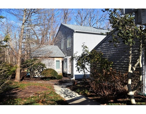2 Apple Mews, Sandwich, MA 02563