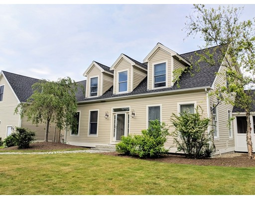 59 Grapevine Road, Gloucester, MA