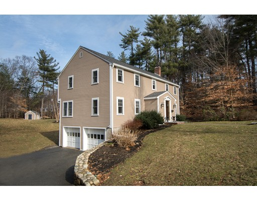 4 Mill River Lane, Hingham, MA