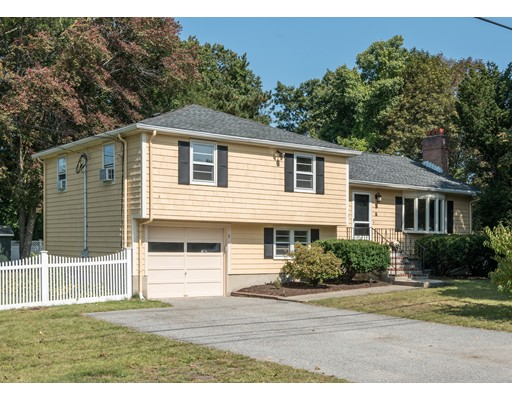 9 Lillian Road, Lexington, MA